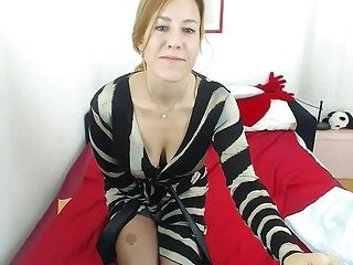 Hirsute golden-haired milf cam