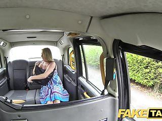 Fake taxi mum with large natural melons receives large british rod