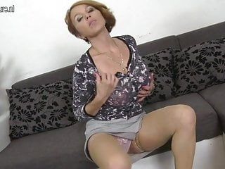 Sexy milf banging and engulfing her youthful hunk
