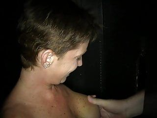 Good nipples milf makes short thick wang premature cum in 50s