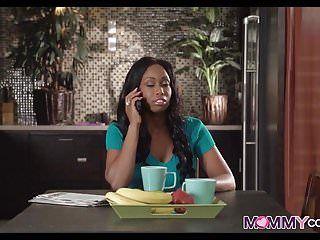 Ebony gf has a sexy afro mama