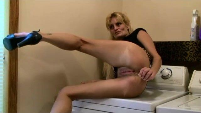 Marie wadsworthy wife mamma smokin oral sex ejaculation pumping cunt cougar milf