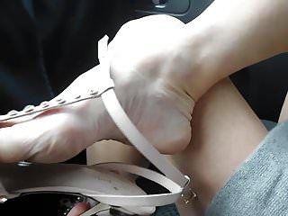 Calçando meu sapato e meia-calça Michael kors