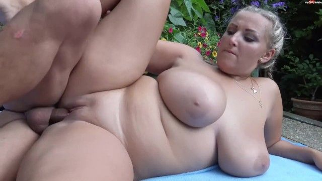 Hawt czech breasty milf natural tits, obese girl, soaked pussy, titfuck, spunk fountain
